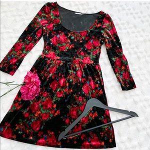 UO Kimchi Blue Dark Floral Velvet Dress